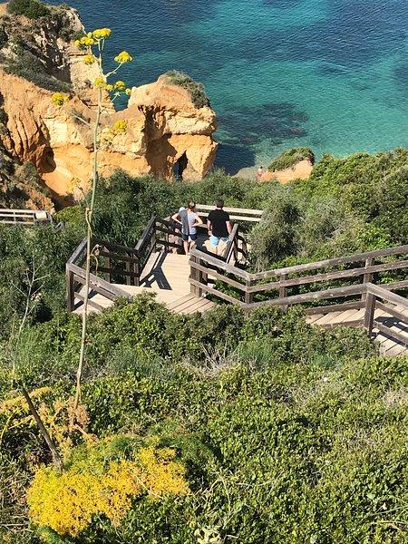 Ofrecemos nuestros consejos para ayudarlo a descubrir el Algarve ...