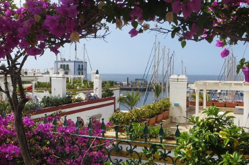 House in the port of Mogan with roofterrace and beautiful views, holiday rental in Cercados de Espinos