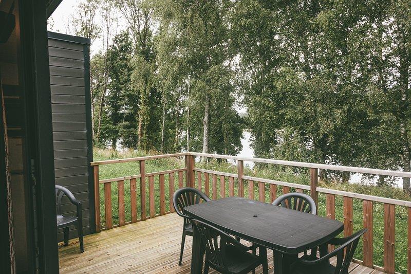 Cottage 2 Personnes à Rochefort-en-Terre tous équipé, holiday rental in Questembert