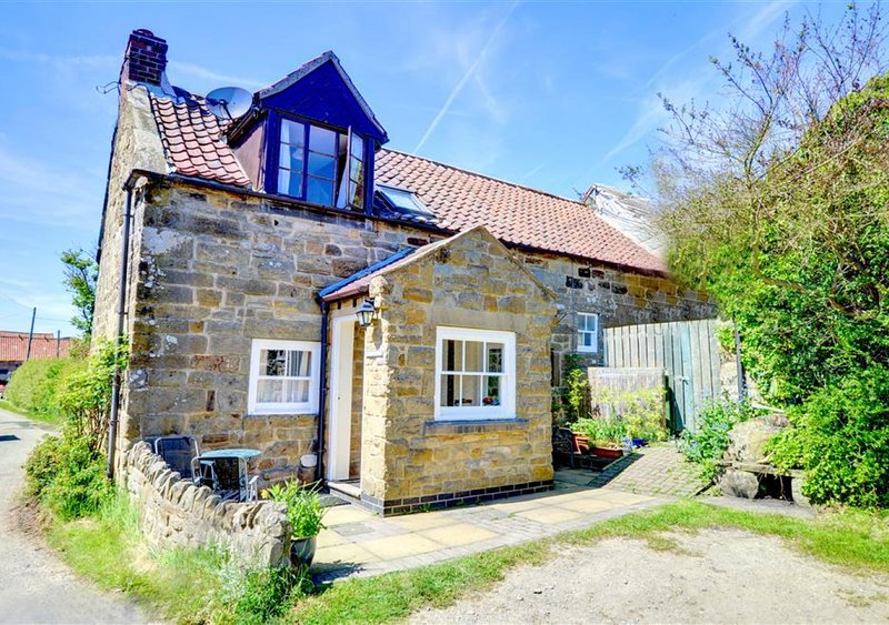 Crathie Cottage, holiday rental in Ellerby