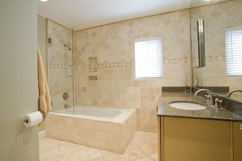 """""""Interna, camera, bagno, idromassaggio, vasca da bagno"""""""