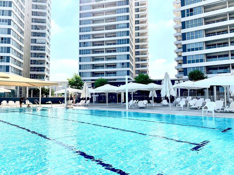 Prince Palace Netanya South Beach - Junior Palace, aluguéis de temporada em Tel Mond