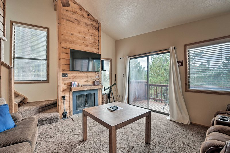 This Angel Fire vacation rental is perfect for your group of 10.