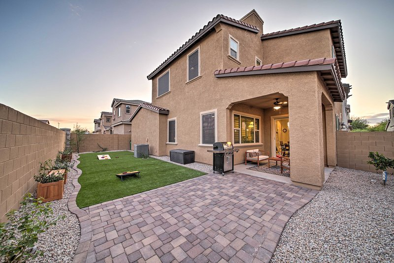 Rio Paseo Retreat w/ Private Patio + Pool Access!, vacation rental in Litchfield Park