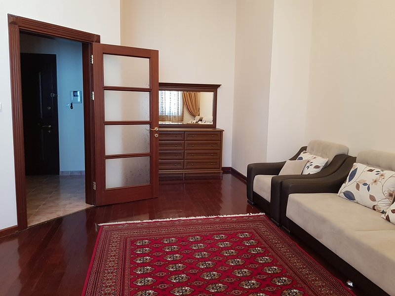 Cozy apartment in city center, vakantiewoning in Turkmenistan
