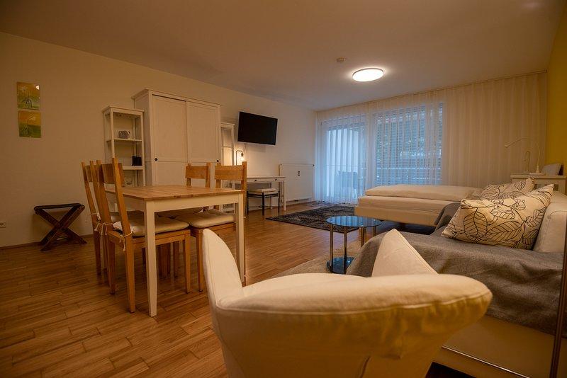 Studio Apartment mit Gartenzugang, vacation rental in Ligist