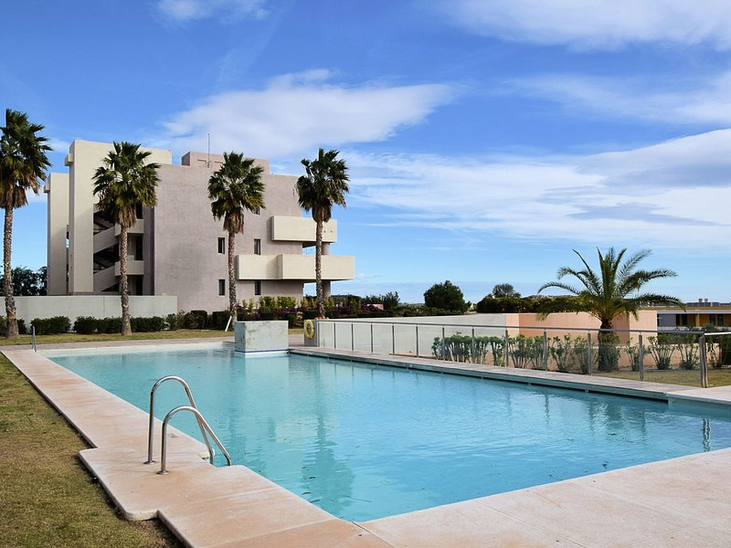 Modern apartment on the Valle del Este Golf resort, 10 min from the beach, vacation rental in Antas