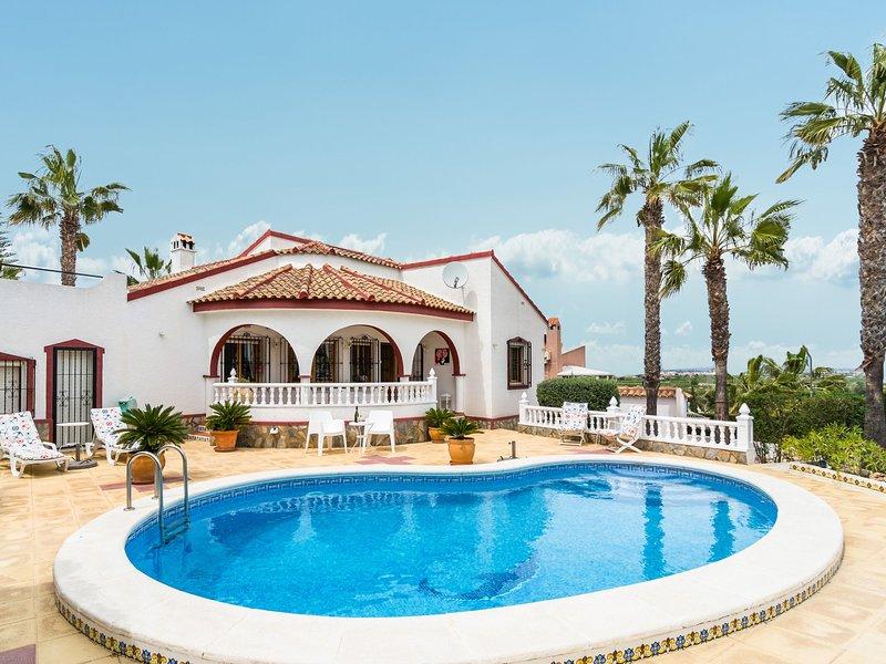 Modern Villa in Rojales with Swimming Pool, location de vacances à San Fulgencio