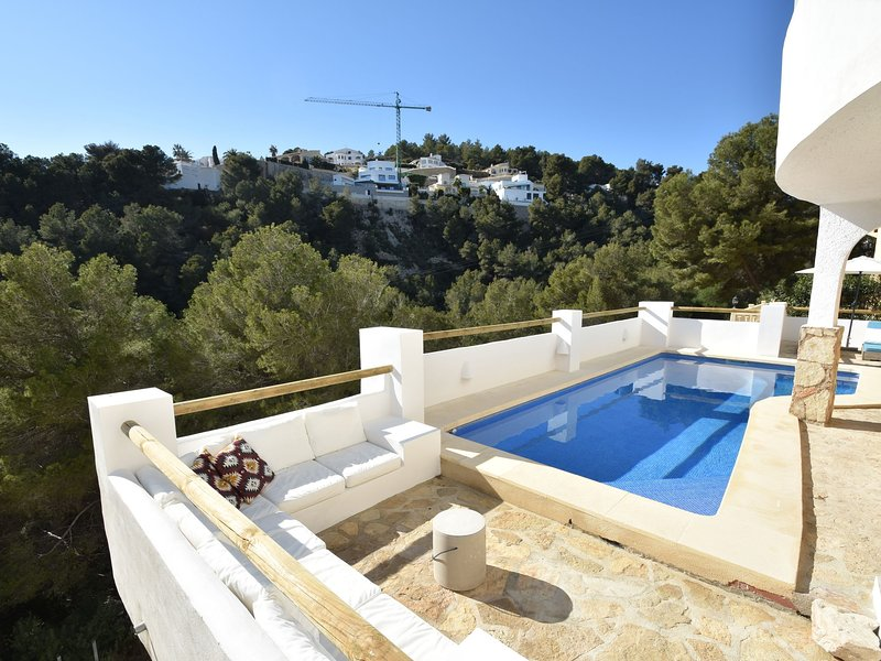 Cozy Villa in Moraira with Private Pool, holiday rental in Benimeit
