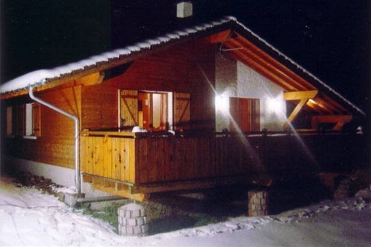 Cozy chalet with dishwasher, located in the High Vosges, alquiler vacacional en Ferdrupt