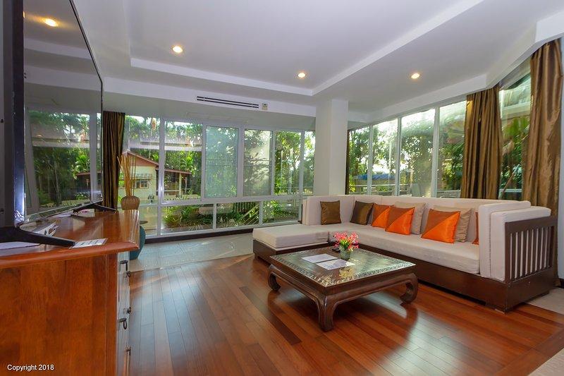 Poolside Apartment in Karon Beach Phuket – semesterbostad i Karon Beach
