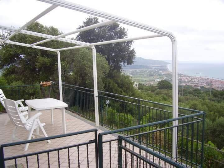 Beautiful house with sea view, vacation rental in Pollica