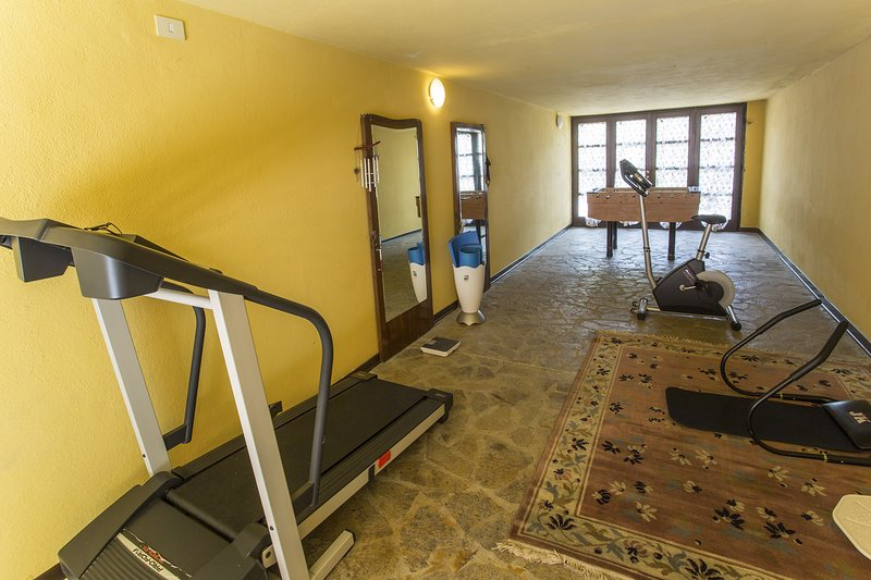 VILLA STEFFY - VATION RENTALS - GYM CORNER