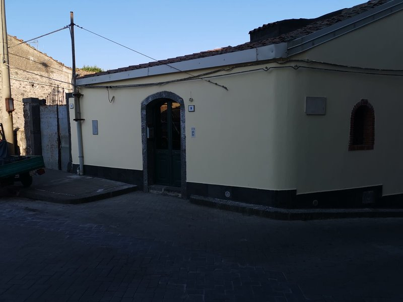 ETNA CASA DON CARMELO, vacation rental in Francavilla di Sicilia