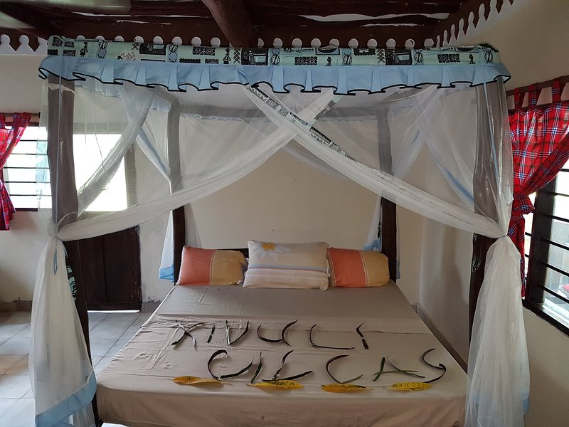 A wonderful Beach property in Diani Beach Kenyaa dream holiday place, holiday rental in Msambweni