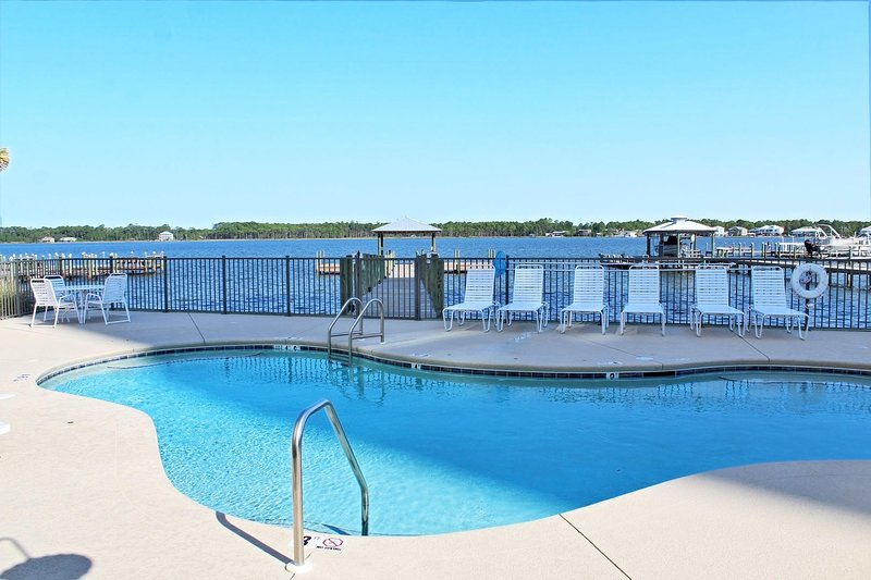 Little Lagoon Cottages Unit D - Book Your Summer Stay Today..Prime Dates, vacation rental in Gasque