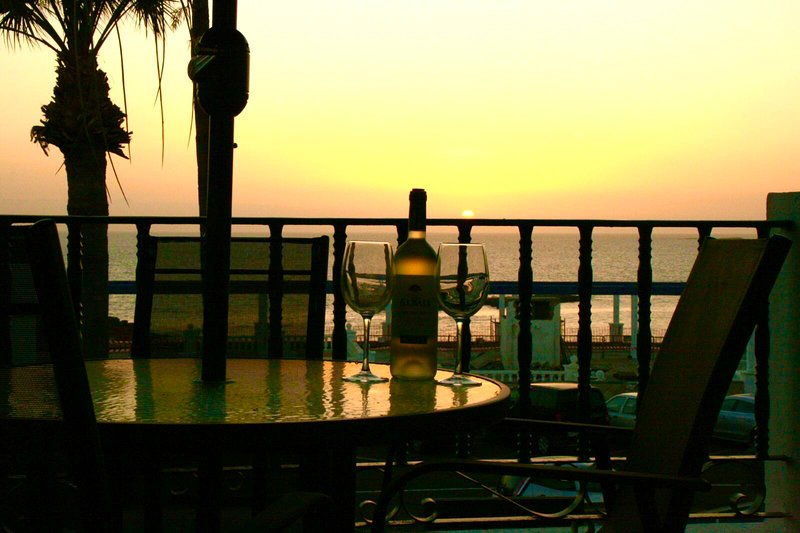 Lovely Apartment, amazing Sunset & Gomera seaviews, location de vacances à Adèje