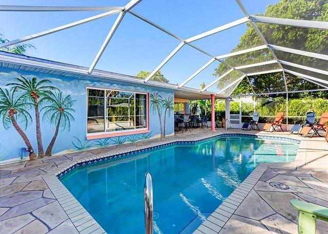 Private Pool, Close to the beach & Fido Friendly, location de vacances à Cape Coral