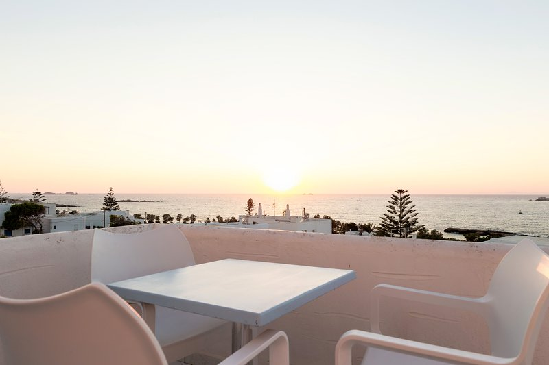 PANORAMIC SUNSET VIEW ROOM TERRACE