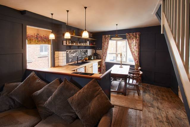 Living Area - Victoria Cottage, Staithes
