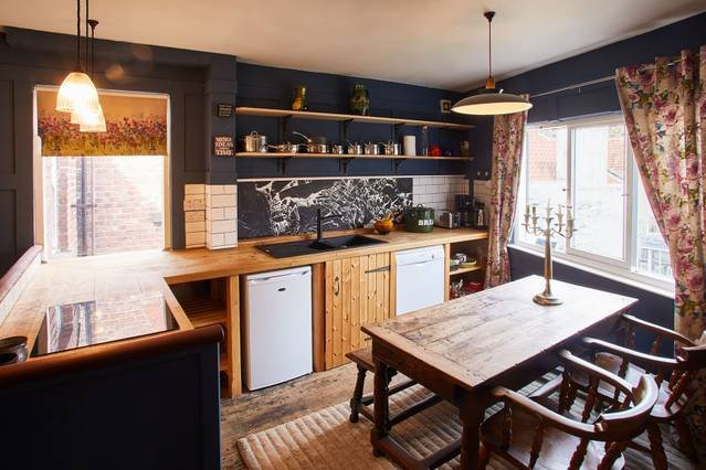 Kitchen Diner - Victoria Cottage, Staithes