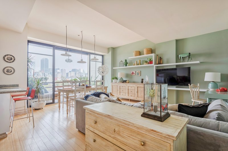 Bright and spacious apartment in the heart of Roma Norte, vacation rental in Mexico City