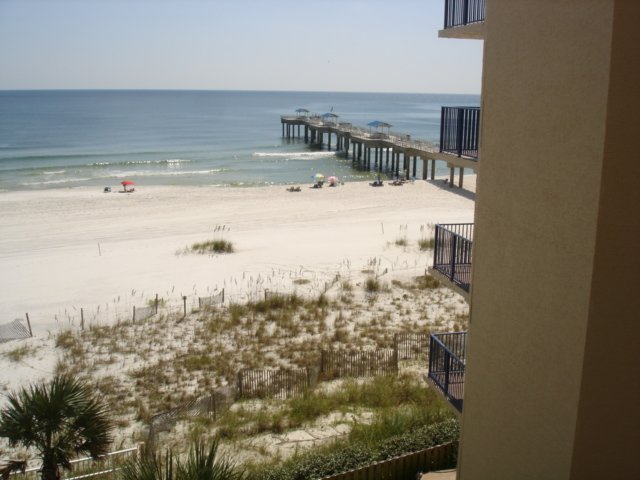 Four Seasons 401E-Balcony view of the pier