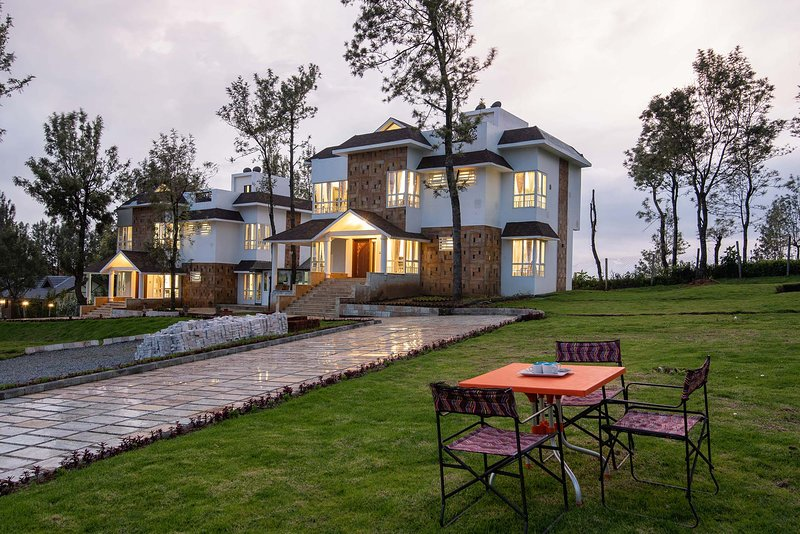 Villa Sullivan by Vista Rooms, vacation rental in Masinagudi