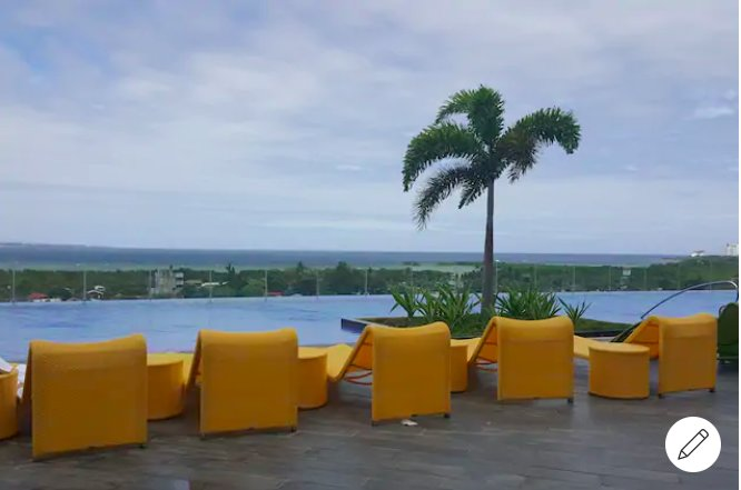 2 Bedrooms fully furnished Condo with WIFI and can cook your own meal, casa vacanza a Olango Island
