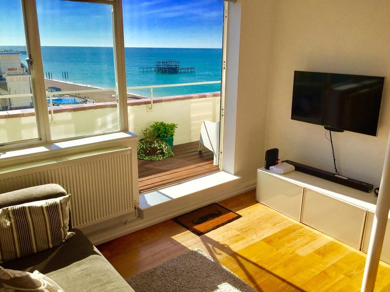 Brighton Penthouse Seafront Splendour, location de vacances à Brighton and Hove