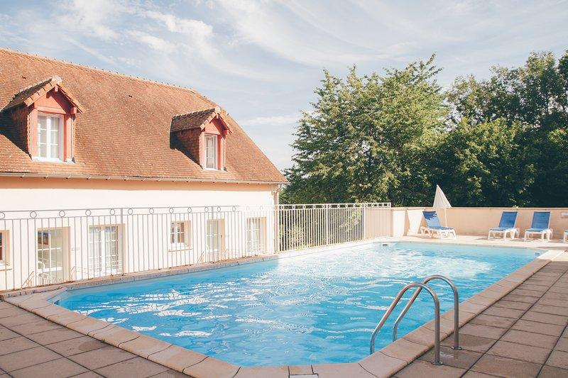 Appart'hotel T2 - 4 personne proche futuroscope avec WIFI, location de vacances à La Roche-Posay