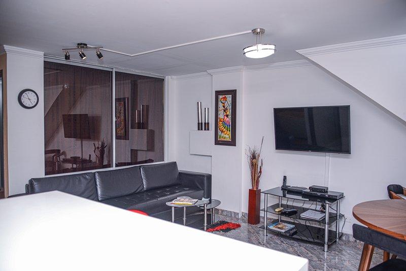 2 Bedroom Ground zero Park Lleras Hot Tub, AC, alquiler de vacaciones en Medellín