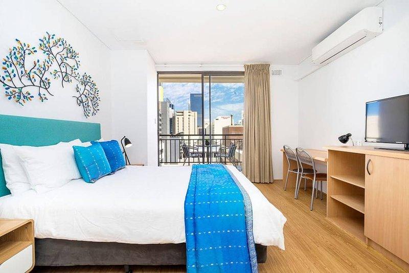 904 Sky High 5  Quality, Excellent Fit Out, alquiler de vacaciones en Perth