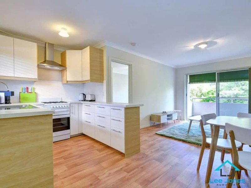 Superb Subiaco Nest - Perfect for 2, holiday rental in Subiaco