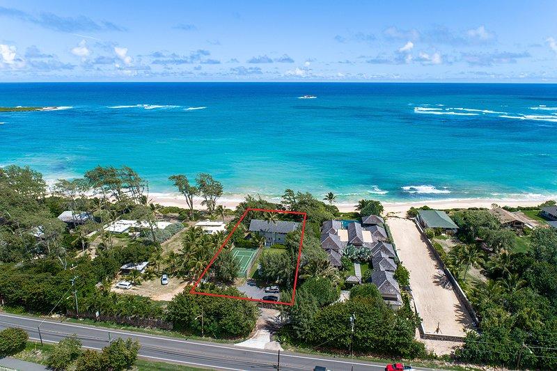 Aloha and welcome to gorgeous Moani Kaiolohia, luxurious beachfront home just for you.