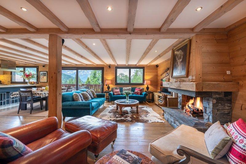 Luxury Chalet Central Villars Sleeps 12, location de vacances à Le Sepey