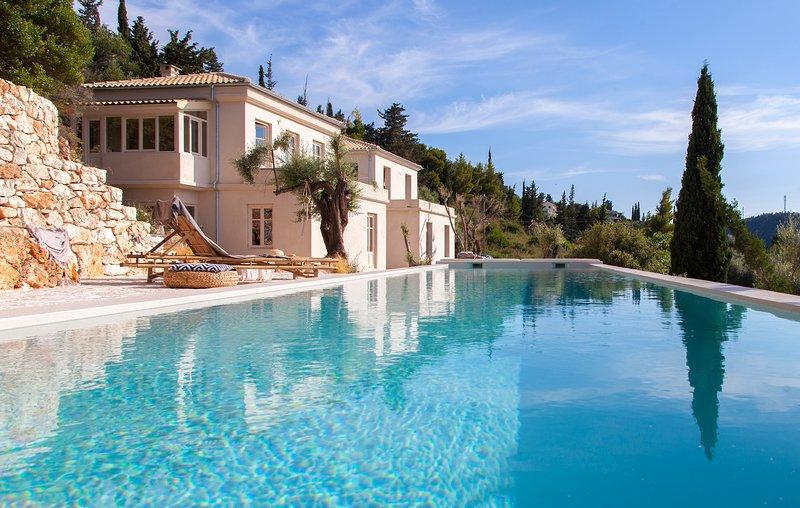 Brand New Luxury Villa DaLula in Agios Nikitas Lefkada, location de vacances à Agios Nikitas