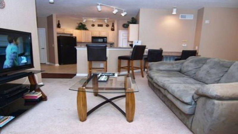Vardagsrum med platt-TV