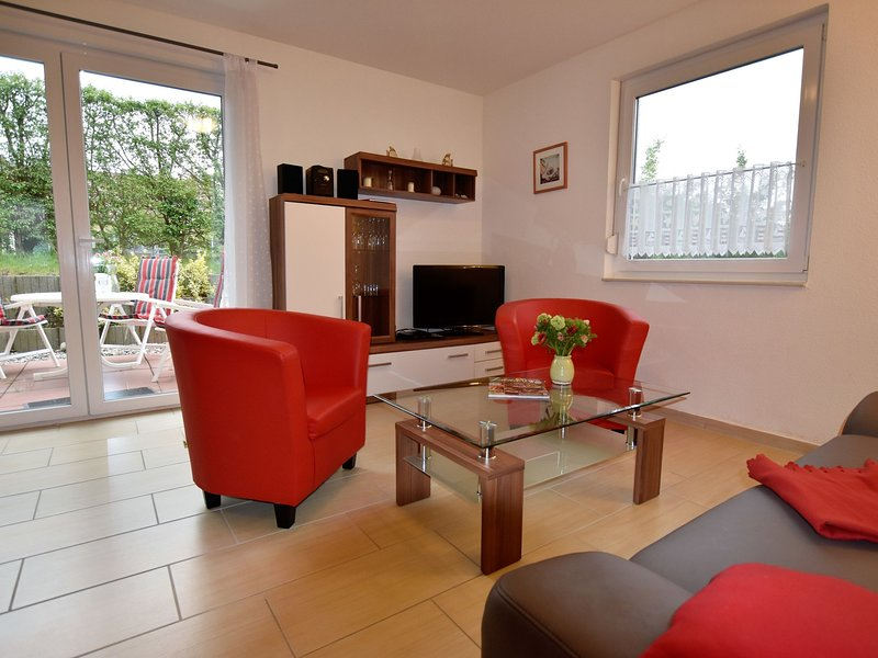 Lovely Apartment in Boiensdorf am Salzhaff with Barbecue, holiday rental in Nantrow