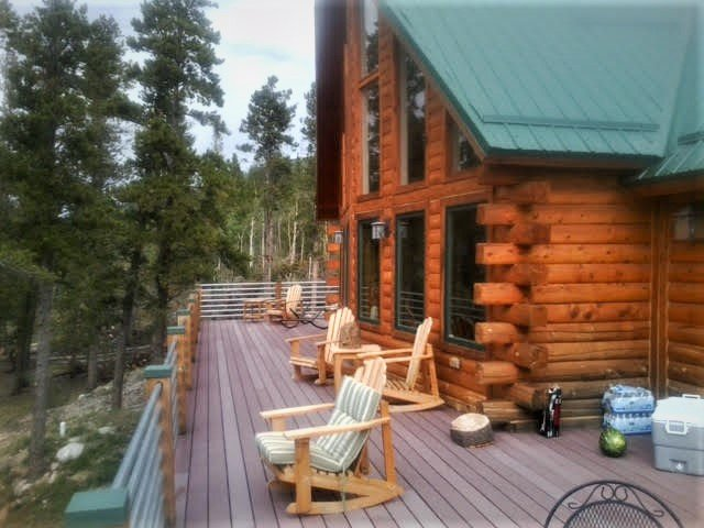 The home is accessible year-round and has an amazing deck to enjoy the breath-taking views of the white-capped Continental Divide.