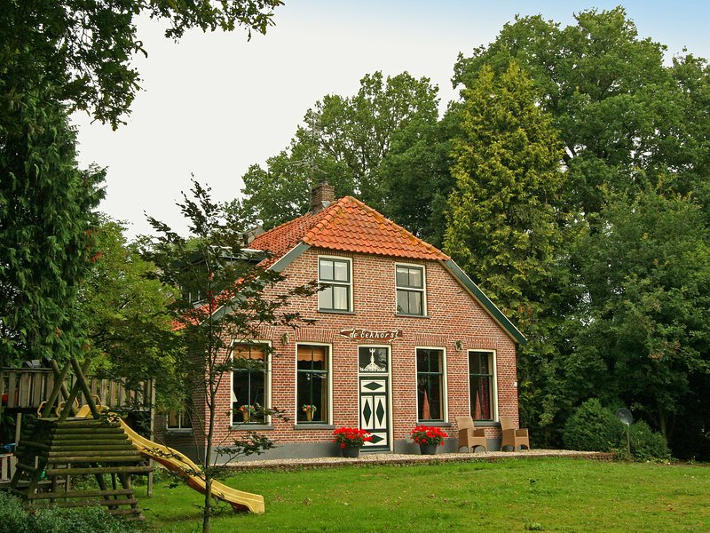 De Eekhorst is located in the splendid Reestdal, alquiler vacacional en Dedemsvaart