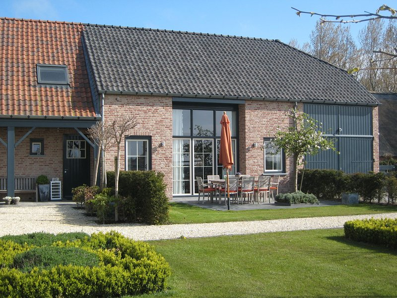 These two holiday homes built in 2006., holiday rental in Aardenburg