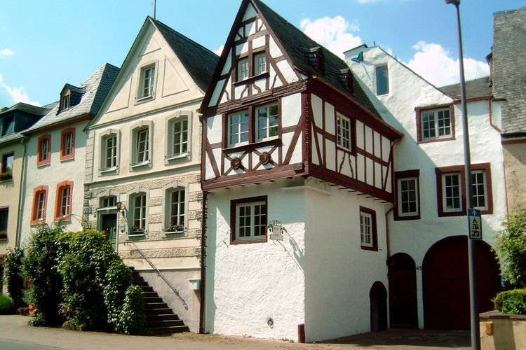 Beautifully restored and renovated house in the most beautiful town on the Mosel, location de vacances à Bernkastel-Kues