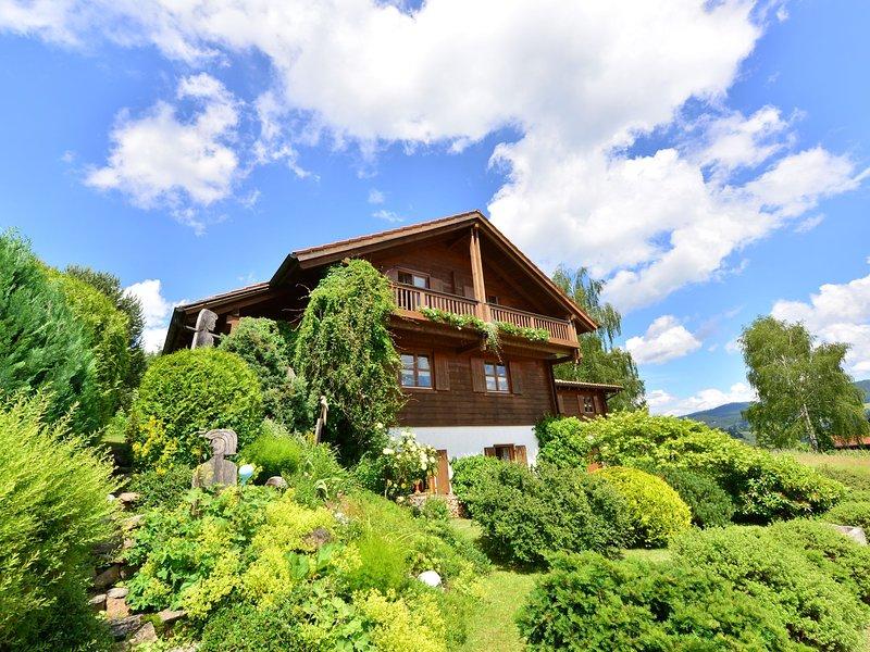 Cozy Apartment in Bayerisch Eisenstein with Garden, holiday rental in Susice