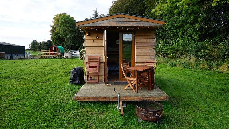 Beehive * Westcote Glamping, holiday rental in Denholm
