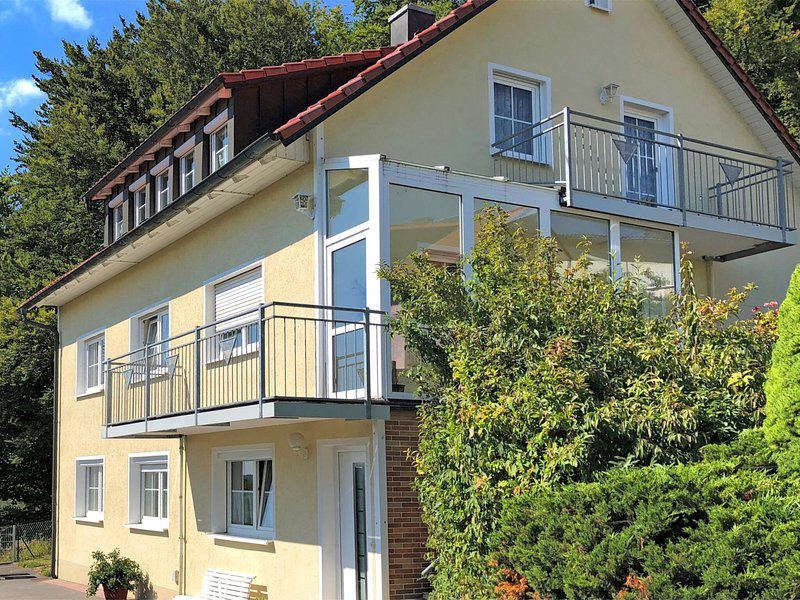 Luxurious Apartment in Wichsenstein Bavaria near Forest, location de vacances à Kunreuth