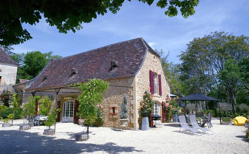 Prachtig gelegen vakantiehuis op een Privé Domein - Maison Glycines, casa vacanza a Sainte-Alvere