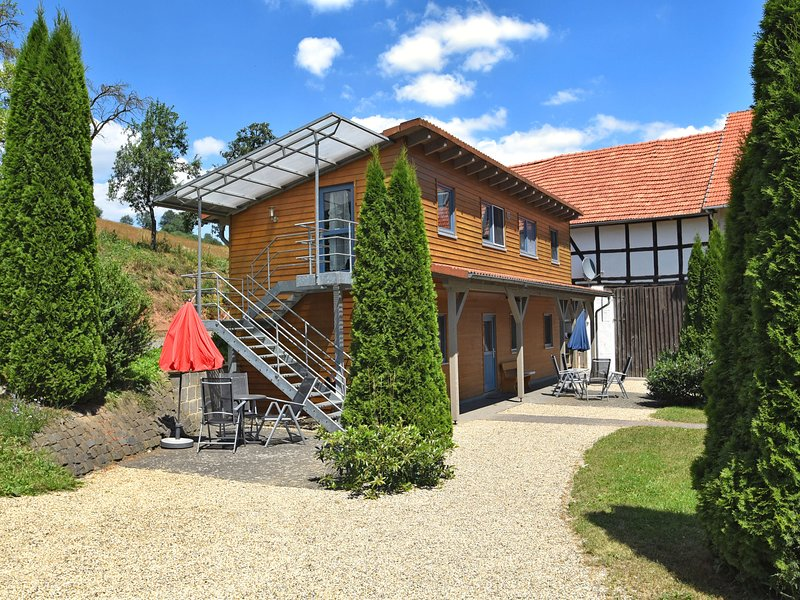 Beautiful Apartment in Hüddingen with Private Terrace, location de vacances à Hemfurth-Edersee