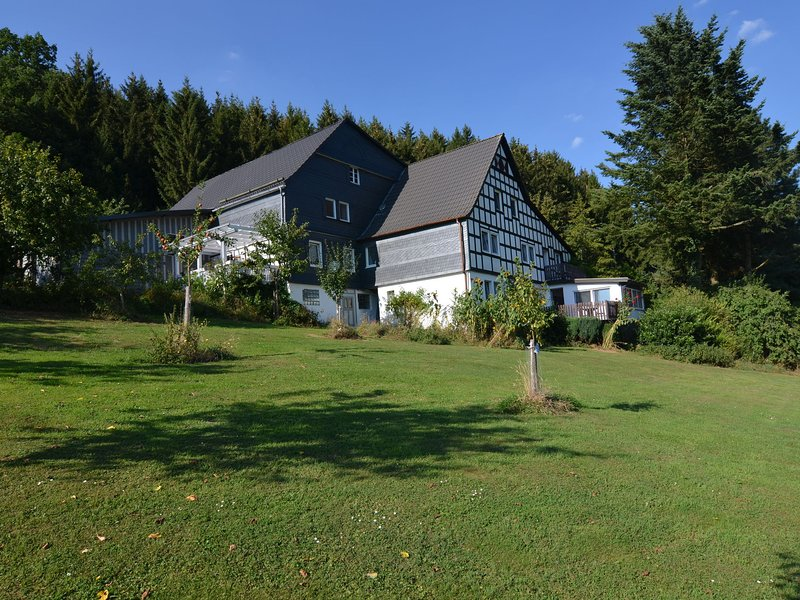 Luxury Apartment in Menkhausen Sauerland near Ski Area – semesterbostad i Lennestadt
