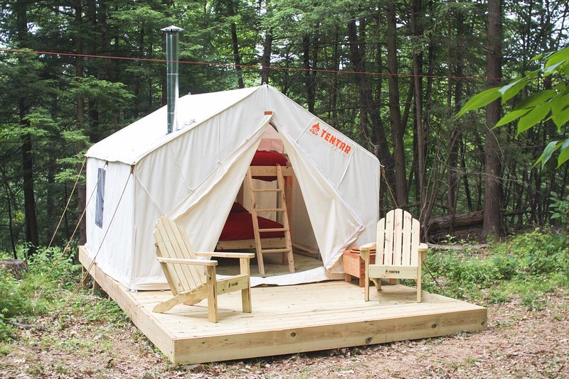 Tentrr Signature Site - Hucklebuck Railway Camp West, holiday rental in Ancram